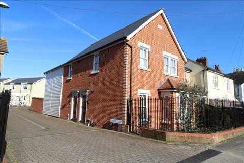 2 bedroom maisonette for sale - Lampon Close, West Bergholt, Colchester