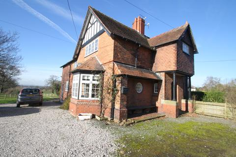 3 bedroom semi-detached house to rent - Willington Lane , Willington, Tarporley, Cheshire CW6