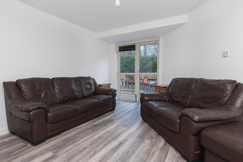 2 bedroom flat to rent - Valleyfield Street, Edinburgh EH3