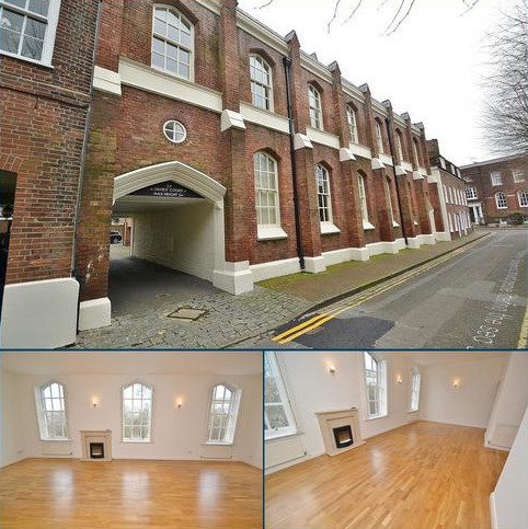 3 bedroom flat to rent - Old Town/Quay