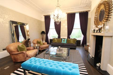 3 bedroom flat to rent - Great Western Terrace, Flat 2, Dowanhill, Glasgow , G12 0UP