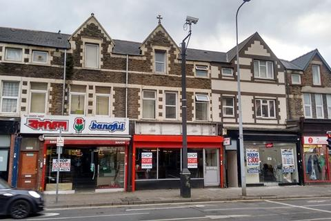 Shop to rent - RIVERSIDE - Lock up A1 Retail Unit on this very busy thoroughfare.