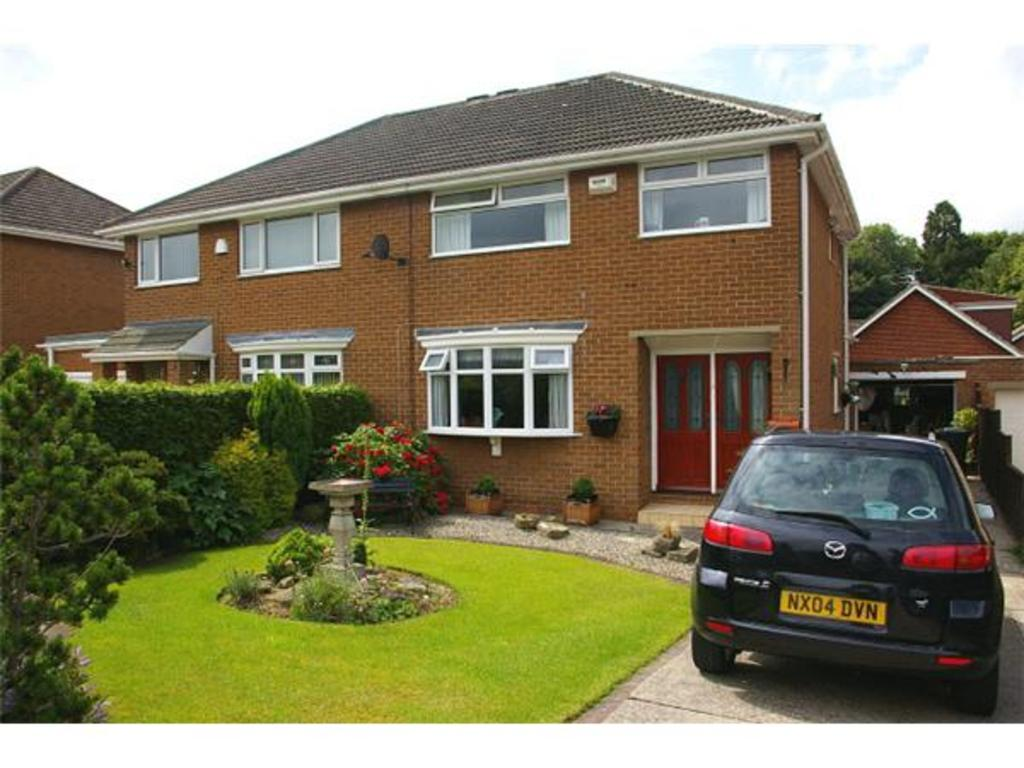3 Bedrooms Semi Detached House for sale in FIRTREE DRIVE NORMANBY