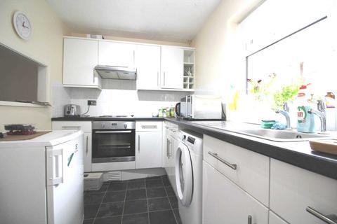 1 bedroom flat to rent - Baron Court, Reading