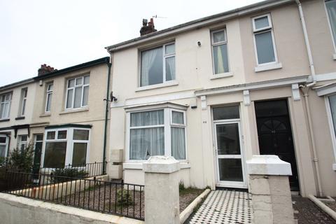 2 bedroom flat to rent - Pennycross Park Road, Pennycross