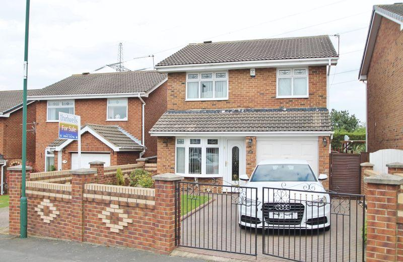 3 Bedrooms Detached House for sale in Southgate, Eston under Nab