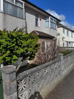 6 bedroom terraced house to rent - Hunters Way, Filton, Bristol