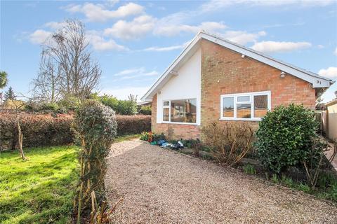 2 bedroom detached bungalow to rent - Malten Close, Poringland, Norwich, Norfolk, NR14