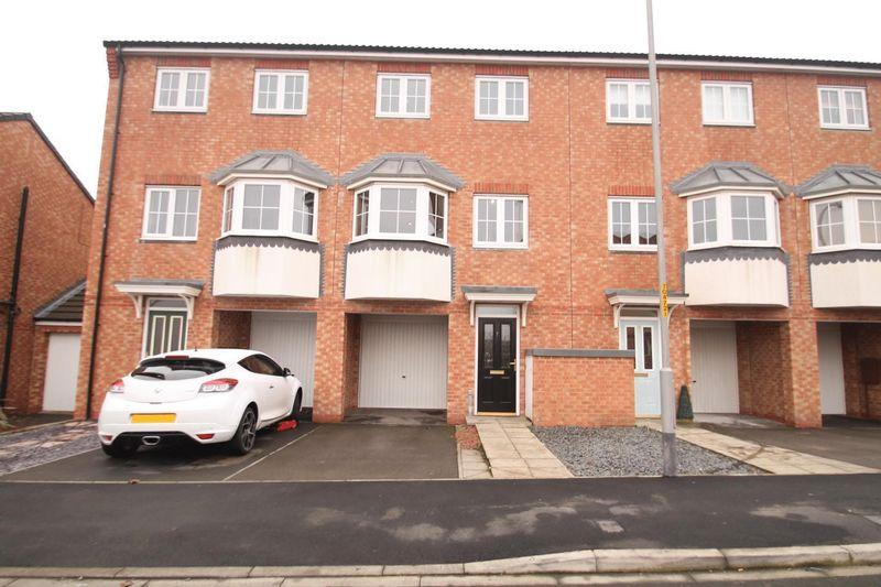 3 Bedrooms Terraced House for sale in Gardenia Way, College Gardens