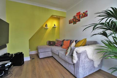 2 bedroom terraced house to rent - Cuthbert Road, Portsmouth