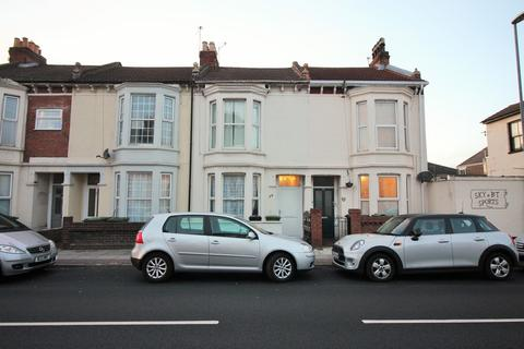 6 bedroom terraced house to rent - Lawrence Road, Southsea