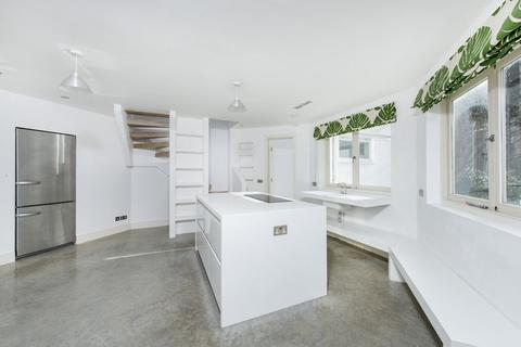 2 bedroom detached house to rent - The Summer House, Notting Hill Gate W2