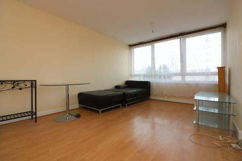 3 bedroom apartment to rent - Cheval Street, London