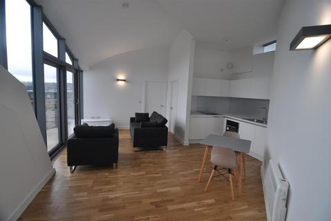 1 bedroom flat to rent - AMAZING ROOFTOP APARTMENT