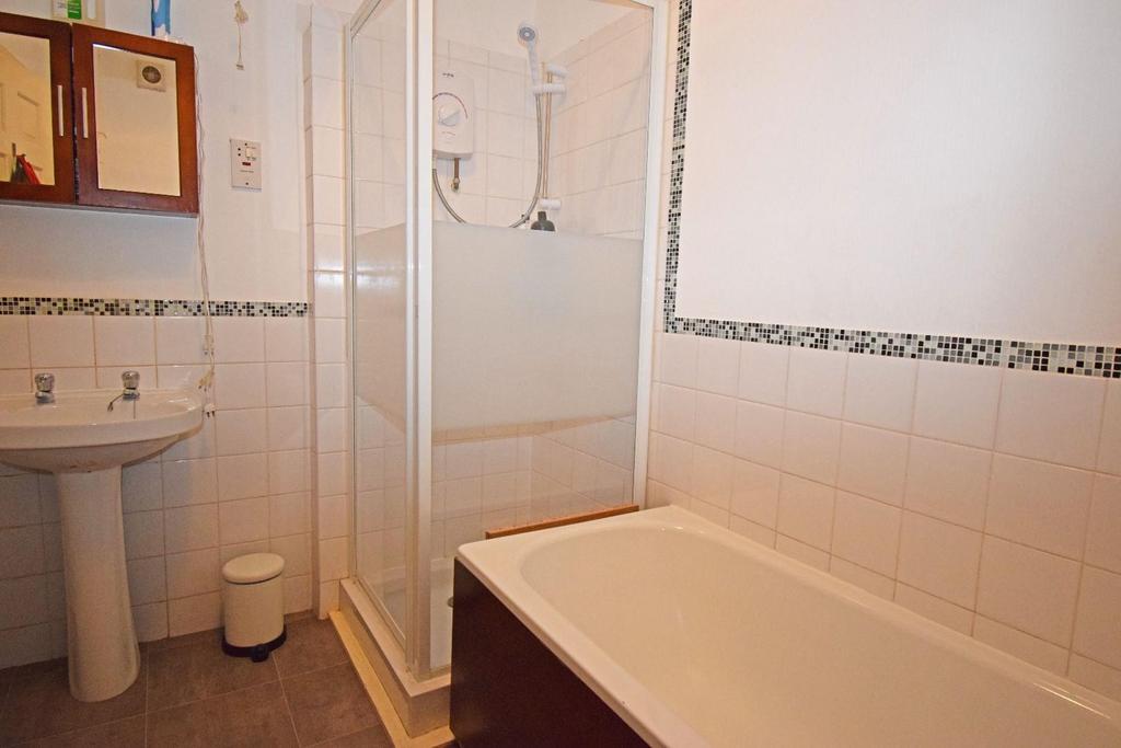 321 Rednal Road, bathroom.jpg