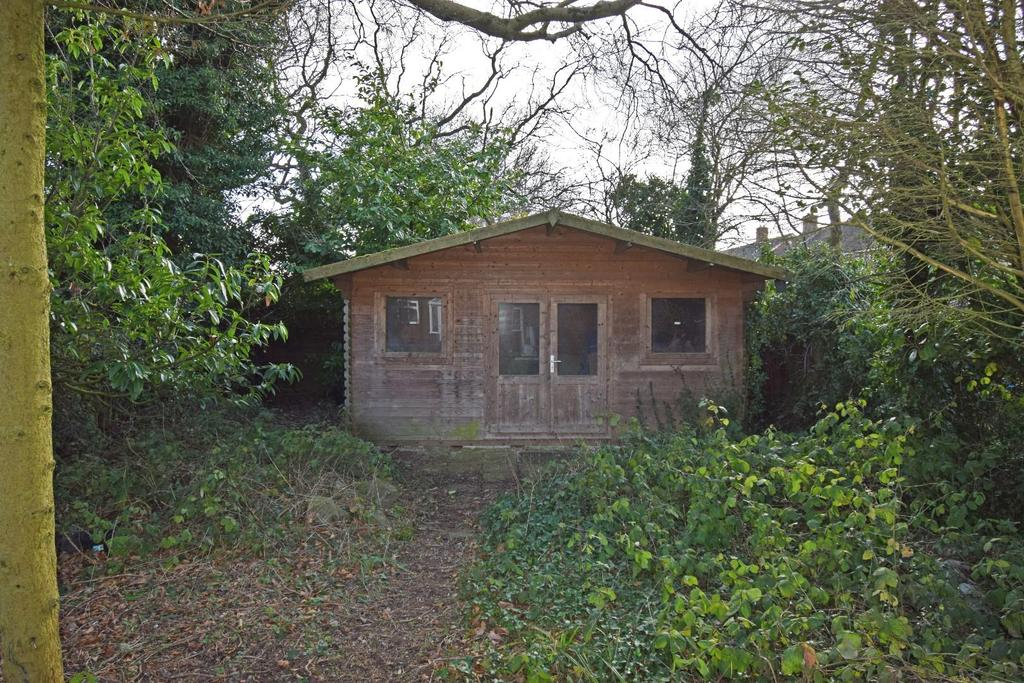 321 Rednal Road, garden summer house.jpg