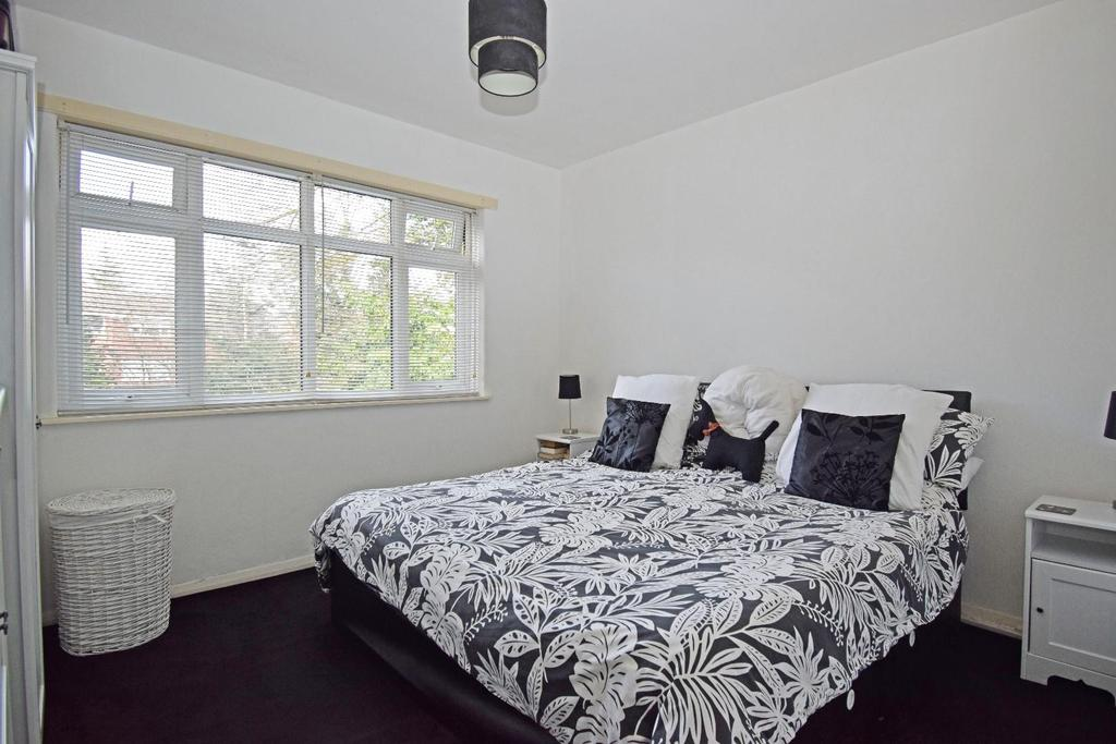 321 Rednal Road, bed 1.jpg