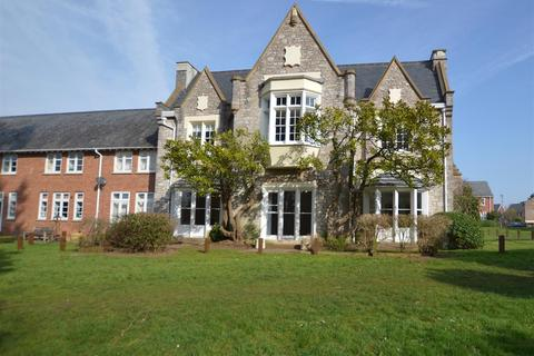 2 bedroom flat to rent - Fleming Way, St Leonards