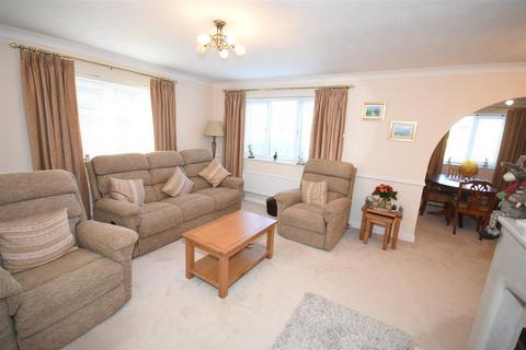 3 bedroom bungalow for sale - Scott Avenue, Rothwell, Kettering