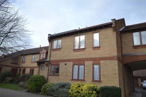 3 bedroom apartment for sale - Berkley Court, Ryhall Road, Stamford