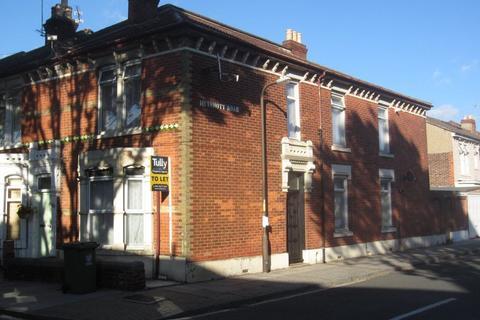 2 bedroom flat to rent - FRENSHAM ROAD, SOUTHSEA