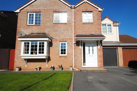 4 bedroom detached house for sale - Swallow Field, Roundswell