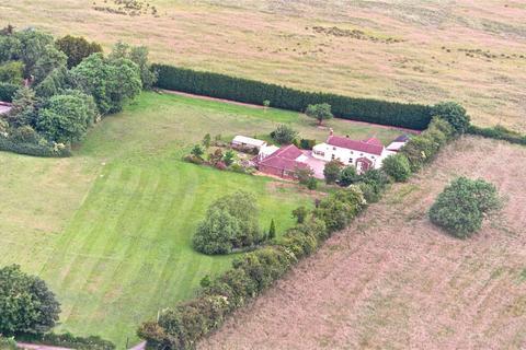 7 bedroom detached house for sale - Lowside Cottage, Barwick Road, Garforth, Leeds, West Yorkshire