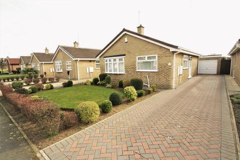 2 bedroom detached bungalow for sale - Mapleton Drive, Norton, Stockton, TS20 1RP