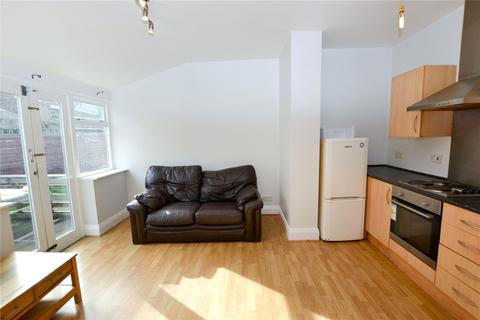 1 bedroom apartment to rent - Russell Road, Manchester, Greater Manchester, M16