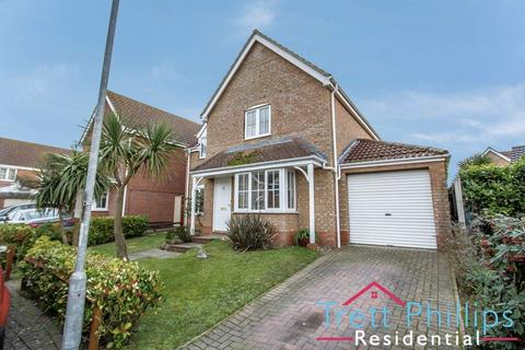 4 bedroom detached house for sale - John Woodhouse Drive, Caister
