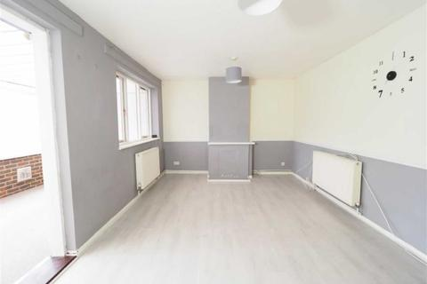2 bedroom terraced house to rent - Hatton Close, Plumstead, London, SE18