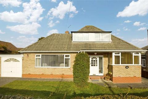 2 bedroom bungalow for sale - The Glen, Kirk Ella, East Riding Of Yorkshire