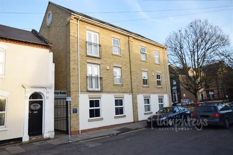 2 bedroom flat to rent - Palmeston Road