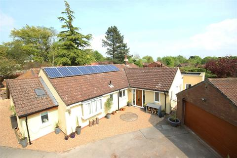 4 bedroom detached bungalow for sale - Woodgates Lane, North Ferriby