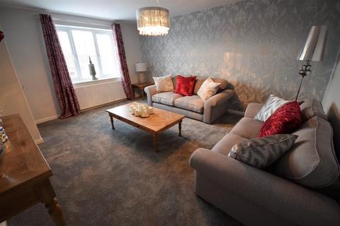 4 bedroom semi-detached house for sale - Roper Lane, Queensbury, Bradford