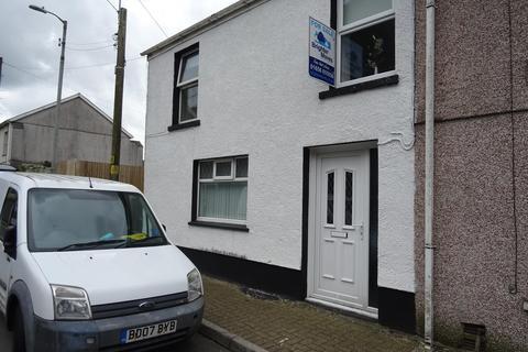4 bedroom terraced house to rent - Commercial Street, Nantymoel, Bridgend, CF32 7RA