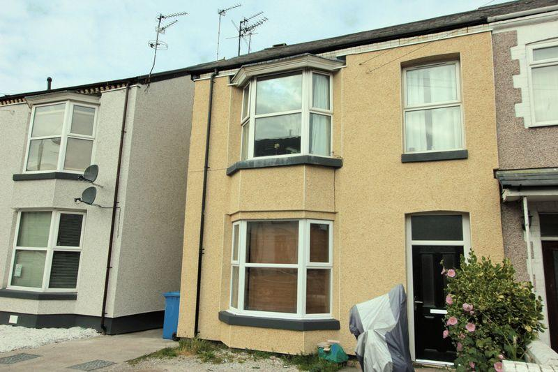 3 Bedrooms Apartment Flat for sale in Victoria Avenue, Prestatyn