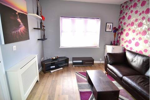 2 bedroom semi-detached house to rent - Wilton Road, Southampton, SO15 5LB