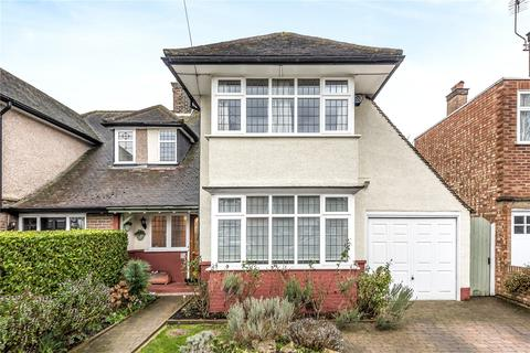 3 bedroom semi-detached house for sale - Golf Close, Stanmore, Middlesex, HA7