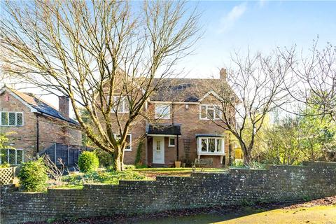 4 bedroom detached house for sale - Palm Hall Close, Winchester, Hampshire, SO23