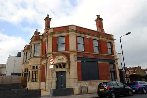 1 bedroom apartment to rent - Chessel Heights, West Street, Bristol