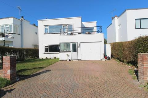 3 bedroom detached house for sale - Graces Walk, Frinton-On-Sea