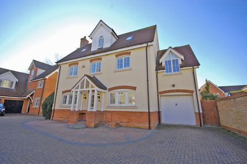 5 bedroom detached house for sale - Grantham Avenue, Great Notley, Braintree, CM77