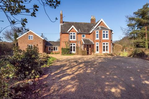 9 bedroom manor house for sale - Cawston