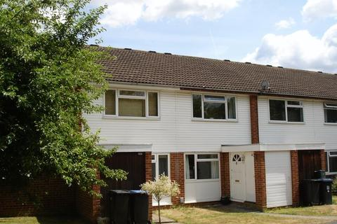 2 bedroom terraced house to rent - Knightswood, Woking
