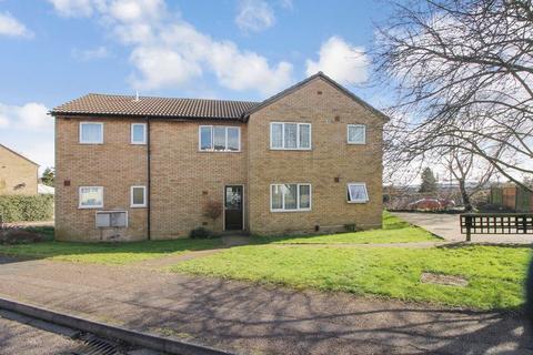 Studio to rent - Repton Close, Luton