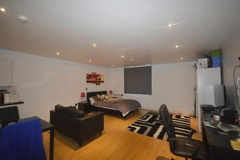 Studio to rent - Flat 7, York Road, Leicester, LE1
