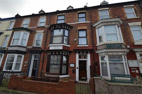 Guest house for sale - Windsor Crescent, Bridlington, East Yorkshire