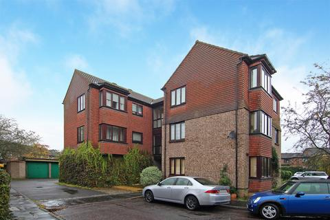 2 bedroom apartment for sale - Stanford Close, Hampton