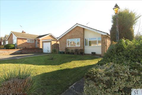 3 bedroom bungalow for sale - St. Lawrence Road, St' Johns, Colchester